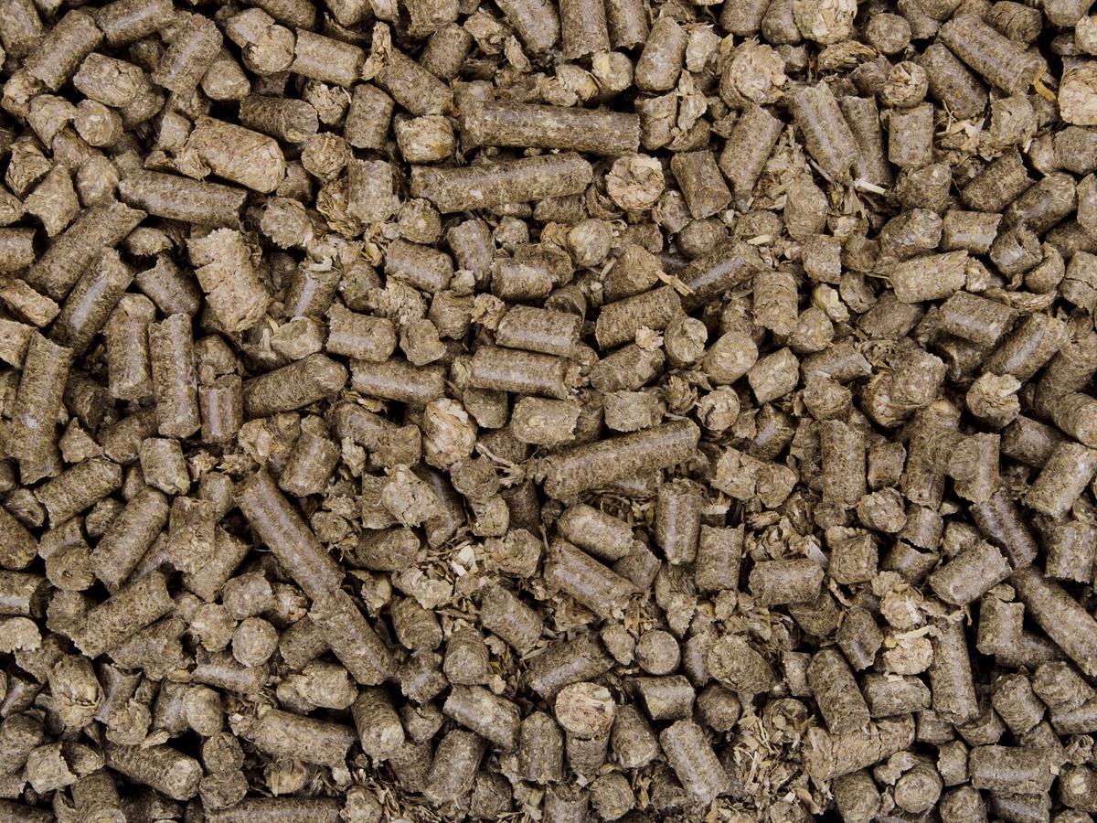 JK ANIMALS 100% prírodná podstielka zo suchej pšeničnej slamy | © copyright jk animals, všetky práva vyhradené